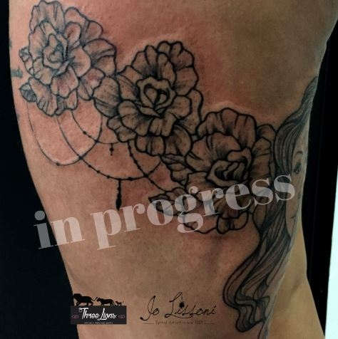 giarrettiera tattoo pizzo tattoo ornamentale tattoo Jo Lissoni 5 1000x1000 - TATTOO DECORATIVO