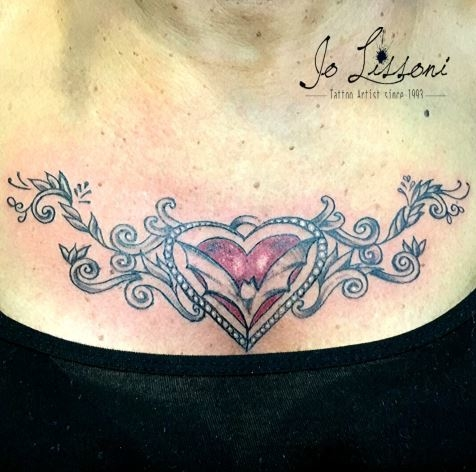 ornamentale tattoo petto ornamentale tattoo schiena Jo Lissoni 1 1000x1000 - TATTOO DECORATIVO