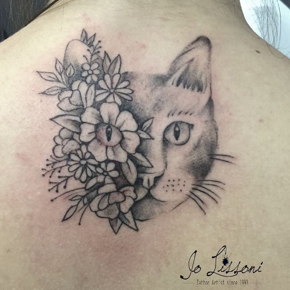 tattoo dog tattoo lion tattoo flower trash tattoo tattoo sketch minimal tattoo cat tattoo realistic 2 1000x1000 - TATTOO REALISTICO BLACK & GREY