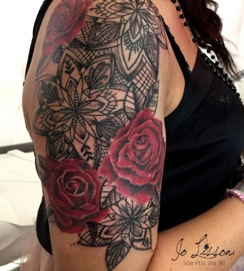 tattoo trash tattoo rosso e nero tattoo fiori big tattoo Jo Lissoni 7 1000x1000 - TATTOO GRANDI PEZZI BLACK&GREY